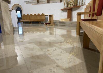renowacja posadzki kościoła